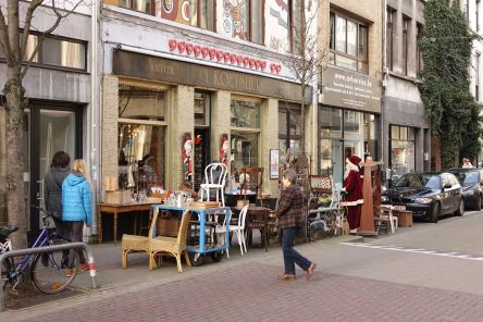 Antwerp Kloosterstraat street furniture